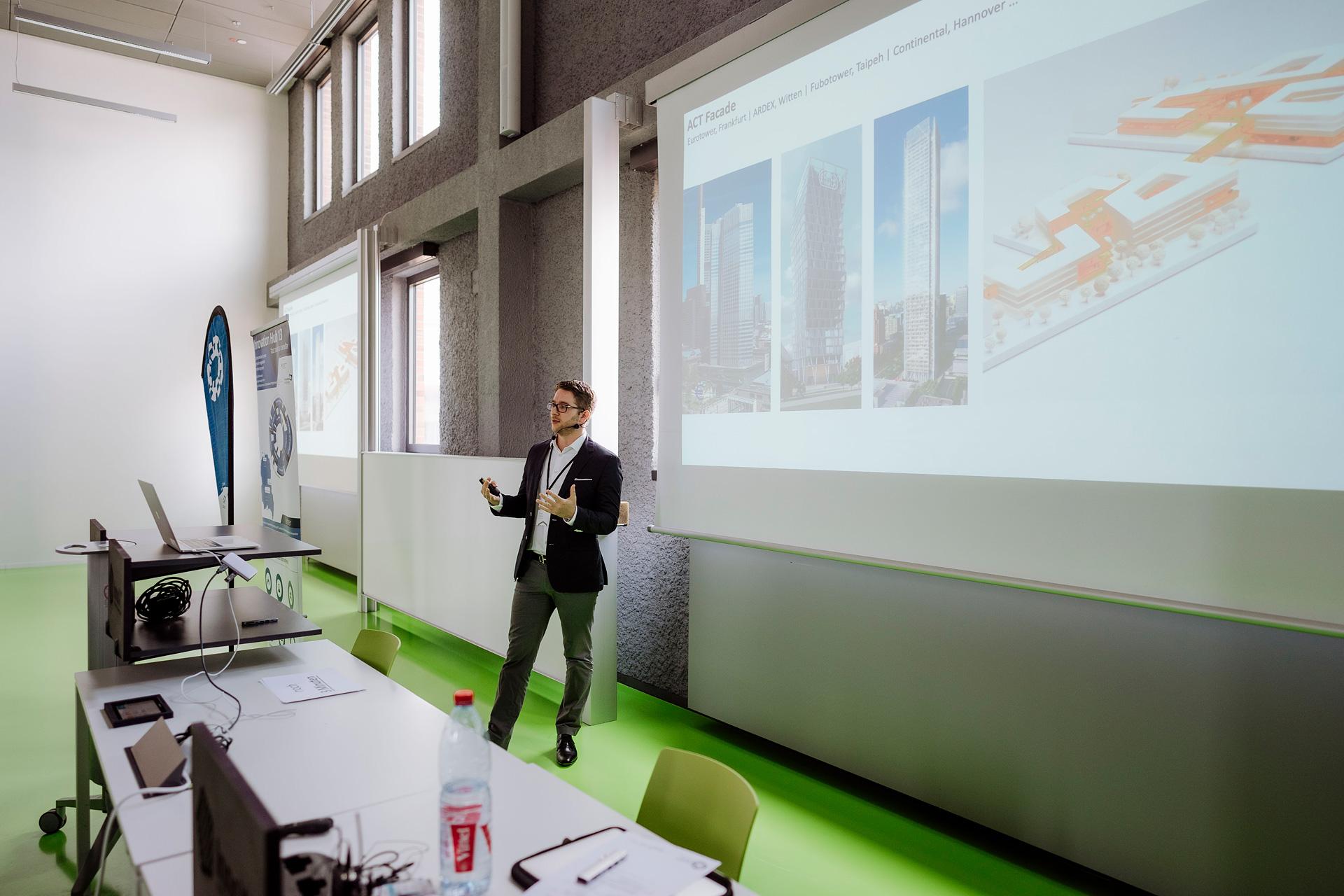 """""""Schnittstelle Forschung und Unternehmen"""" Paul Denz, Facade Lab"""
